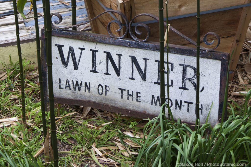 Winner - Lawn of the Month - sign in John Greenlee garden